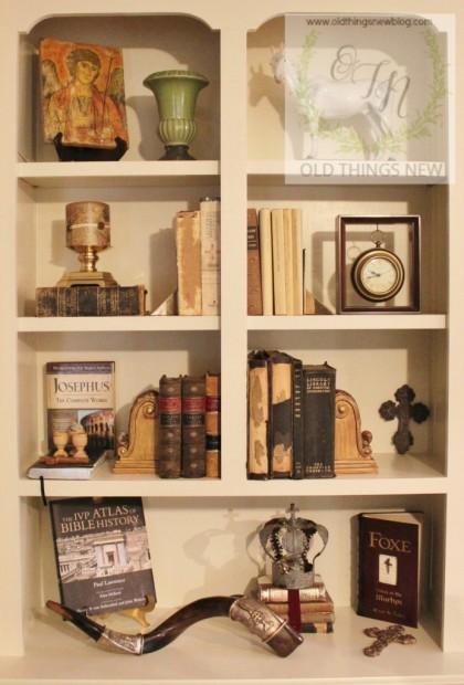 Bookshelves in Den 027