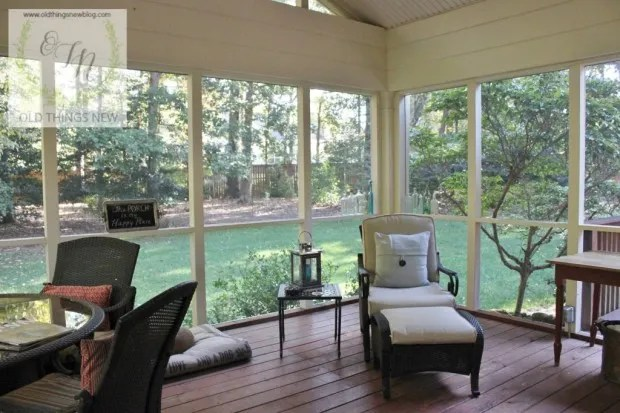 Screened Porch 067