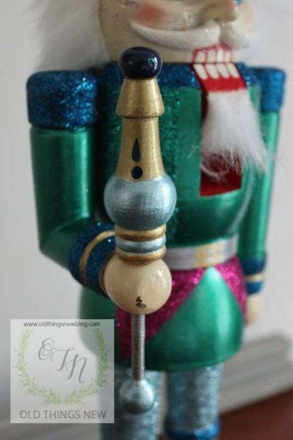 Creating a glittery nutcracker from a thrift store find old things new glittery nutcracker after 014 solutioingenieria Image collections