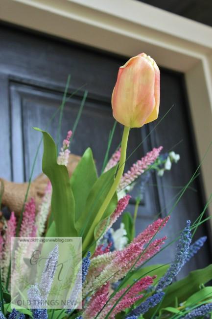 Spring Basket on Front Door 004