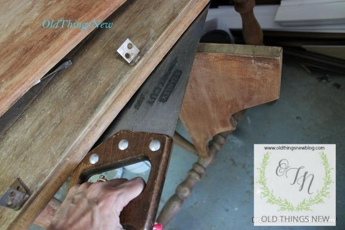 Drop Leaf into Potting Bench 001