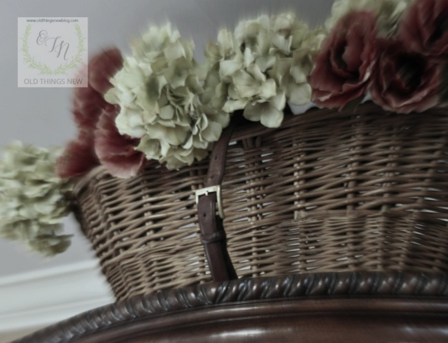 Antique Basket  040