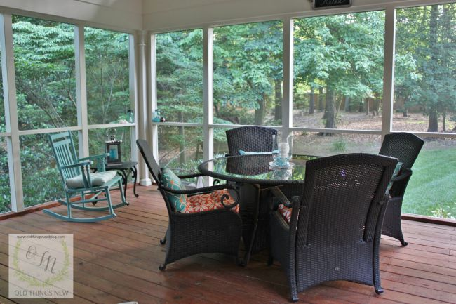 Screened Porch 026