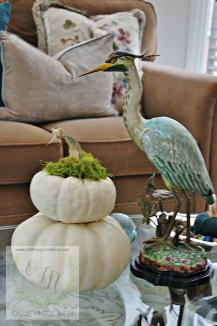 Fall decor indoors 129