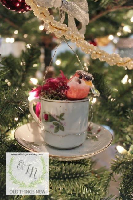 Birdy Teacup Ornament 007