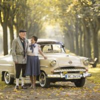 """Kalender """"Liebenswerte Oldtimer"""" Ein gemeinsames Projekt von Pflegeheimbewohnern & Oldtimerclub"""