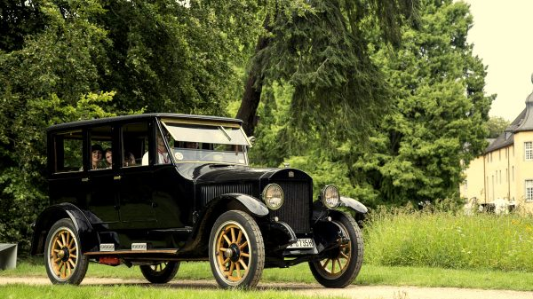 Stanley Steamer 735D Oldtimer mieten für Events, Hochzeiten und Geburtstage in Fulda und bundesweit
