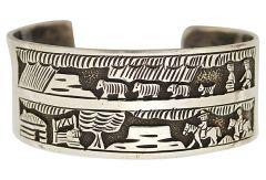 HY storyteller bracelet