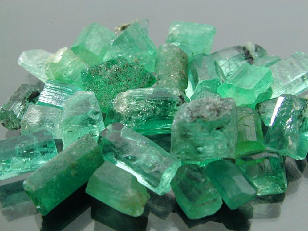 Emeralds in Navajo jewelry