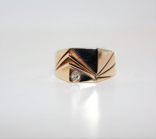 14k-yg-diamond-gents-ring-01tw