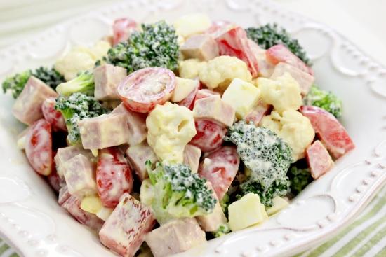 Creamy Broccoli Cauliflower Salad 550x367 - BROCCOLI CROWN FRESH (click image to view)