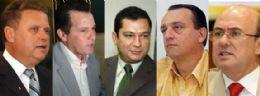Políticos pedem afastamento e quebra do sigilos de Julier e de Avelar