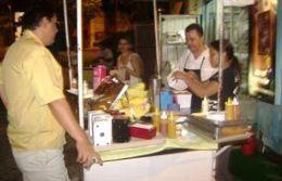 Zé Dog é o 'point' mais badalado de cachorro quente de toda Cuiabá
