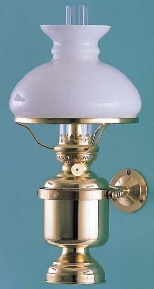 Wandlamp groot vast kap opaal elektrisch