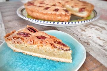 Almond pecan pie