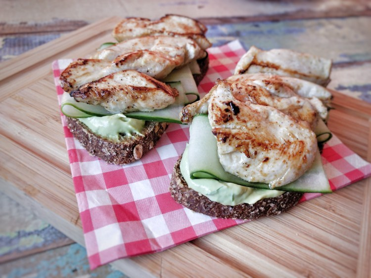 Lime chicken and avocado mayonnaise