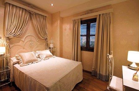 Doppelzimmer im Hotel Casa Baños de la Villa in Andalusien