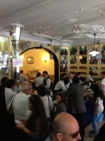 Thekenraum des Café's