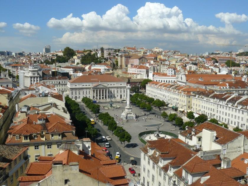 Blick vom Santa Justa auf Rossio Lissabon