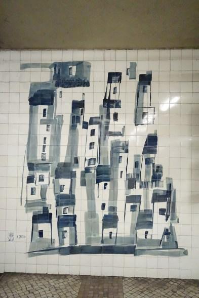 Cidade Universitaria - Vieira da Silva - Zeichung in der Lissabonner U-Bahn