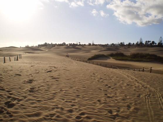 Sandweg durch die Dünen von Maspalomas auf Gran Canaria