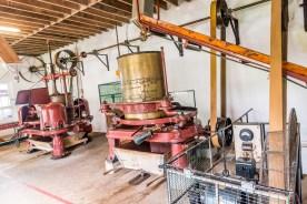 Blick in Teefabrik mit Maschinen Azoren Sao Miguel