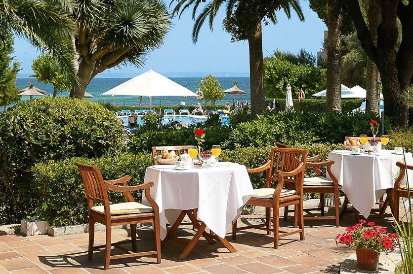 Terrasse des Son Caliu Hotel & Spa Oasis bei OLIMAR Reisen