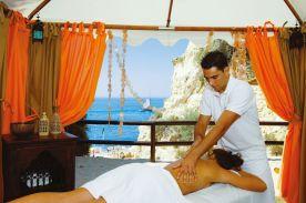 Massage Anwendung im Urlaub