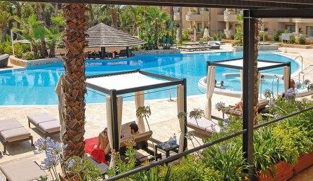 Pool + Daybeds Protur Biomar Gran Hotel & Spa