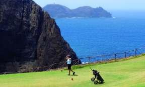 Golfziel Porto Santo: Abschlag mit schönen Ausblicken