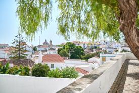 Blick über Algarve Ortschaft