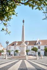 Marktplatz Statue Algarve