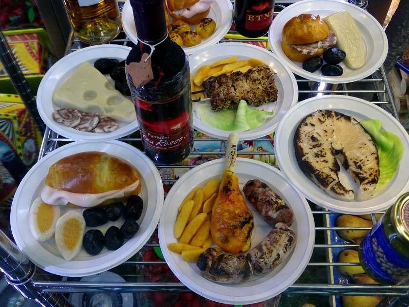 Kulinarische Spezialitäten aus Marzipan Sizilien