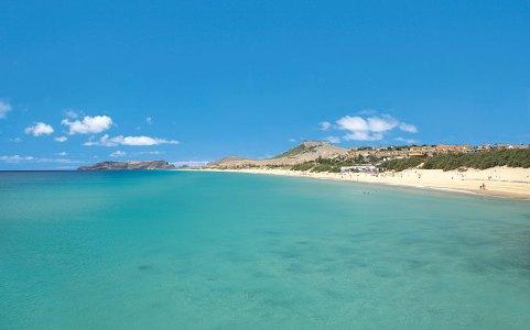 Klares Wasser und Sandstrand Insel Porto Santo