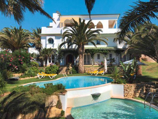 Villa Esmeralda Pool