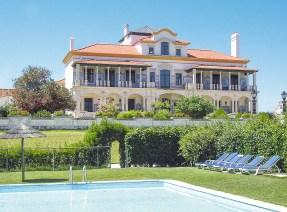 Palácio de Rio Frio Pool