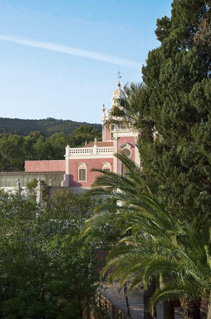Palácio de Estói im Grünen