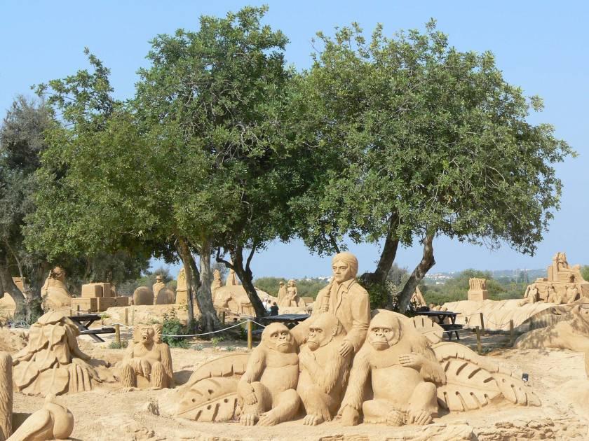 Gorillas Sandcity Algarve