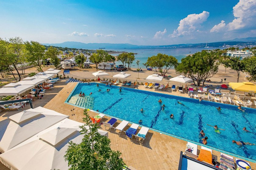 Camping Omisalj - Mobile Homes Pool