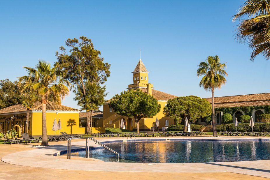 Vila Galé Albacora Pool Algarve Hotels