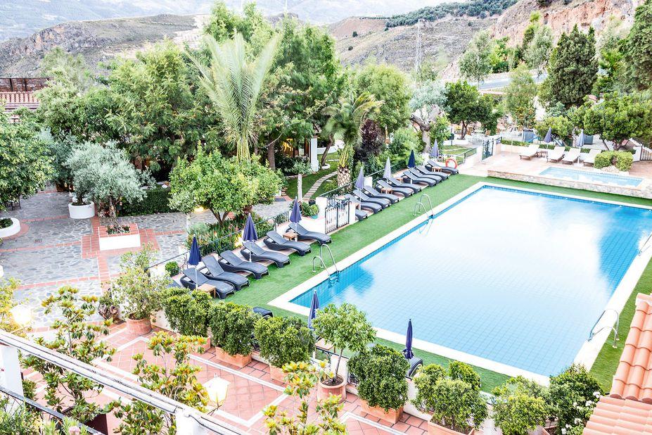Hotel Alcadima Grenada Poolblick