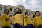 Desfile de bonecos gigantes em homenagem à Copa do Mundo. Foto: Diego Galba