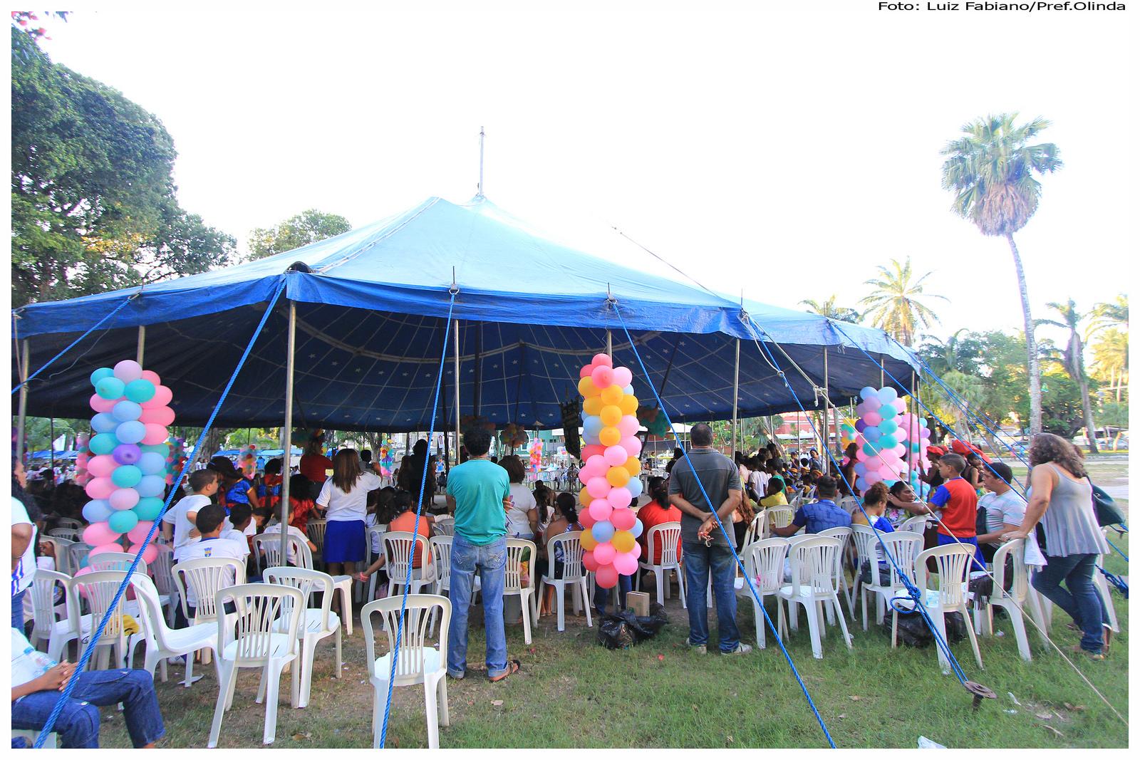 A tenda de circo foi montada na Praça do Carmo. Foto: Luiz Fabiano/Pref.Olinda