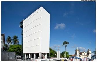 Alto da Sé reformado, com o elevador da Caixa d'Água. Foto: Pire/Pref.Olinda