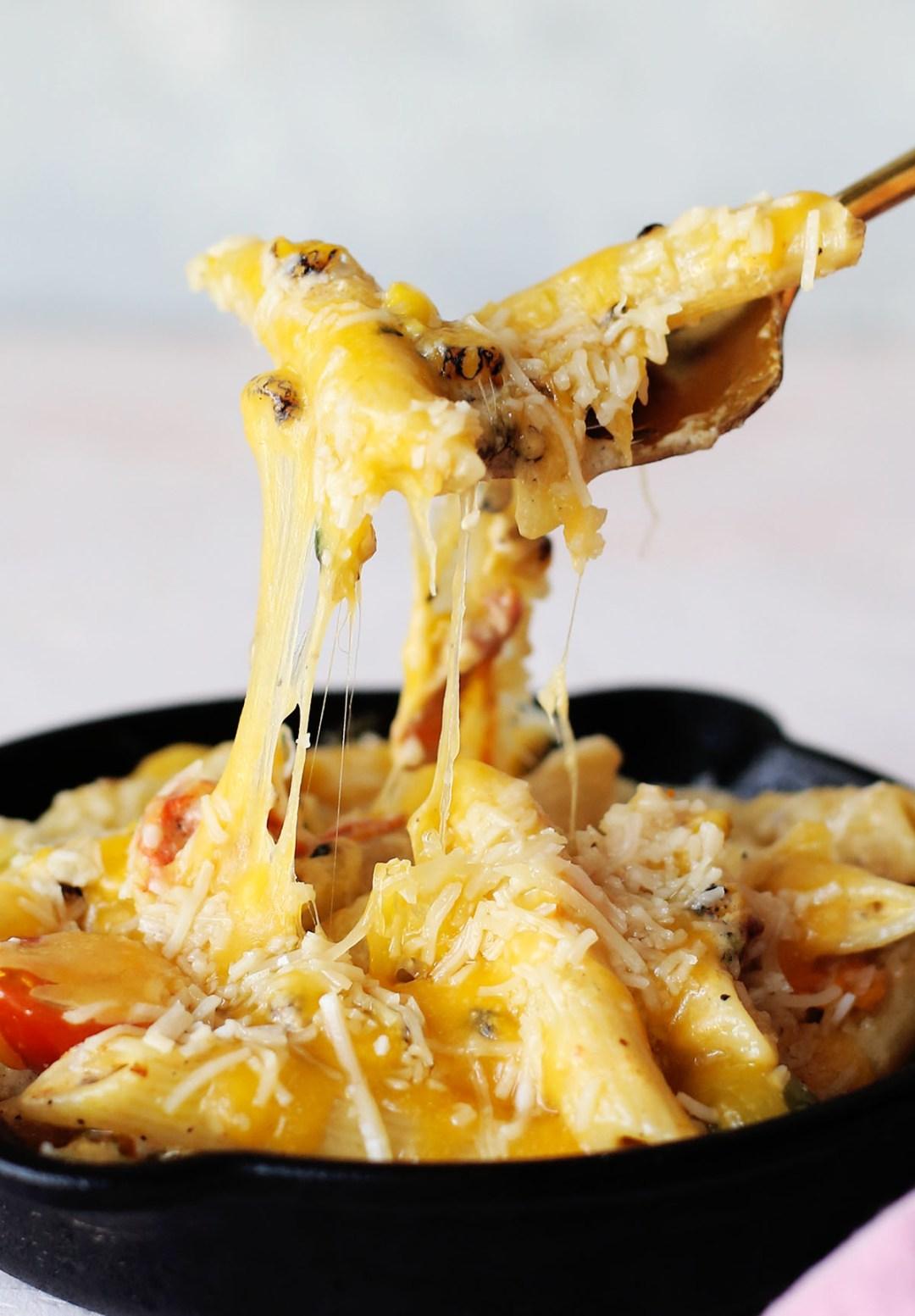 Cheesy Bacon Penne Sweet Corn Carbonara Bowls