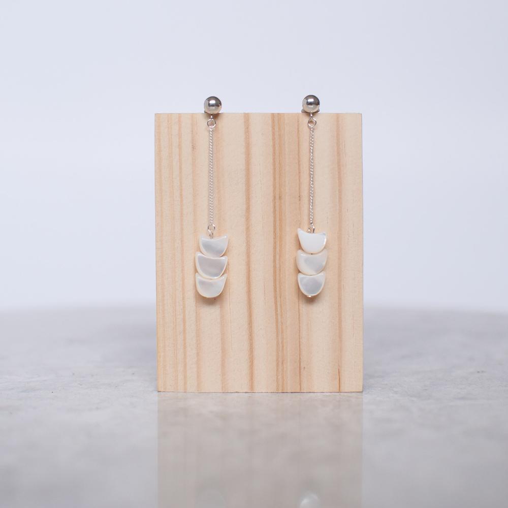Chain & Shell Earrings