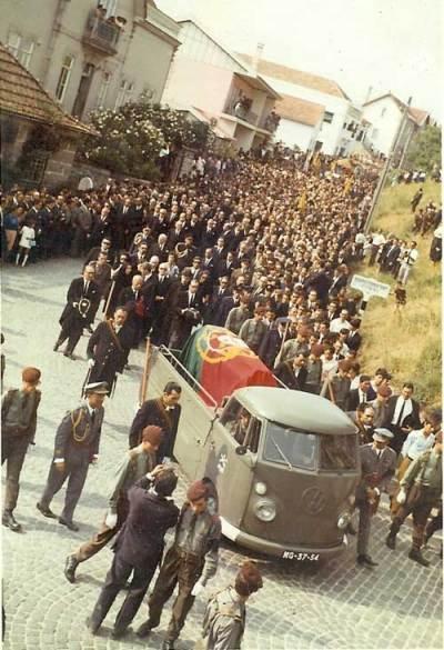 Cortejo Fúnebre de Salazar - Santa Comba Dão