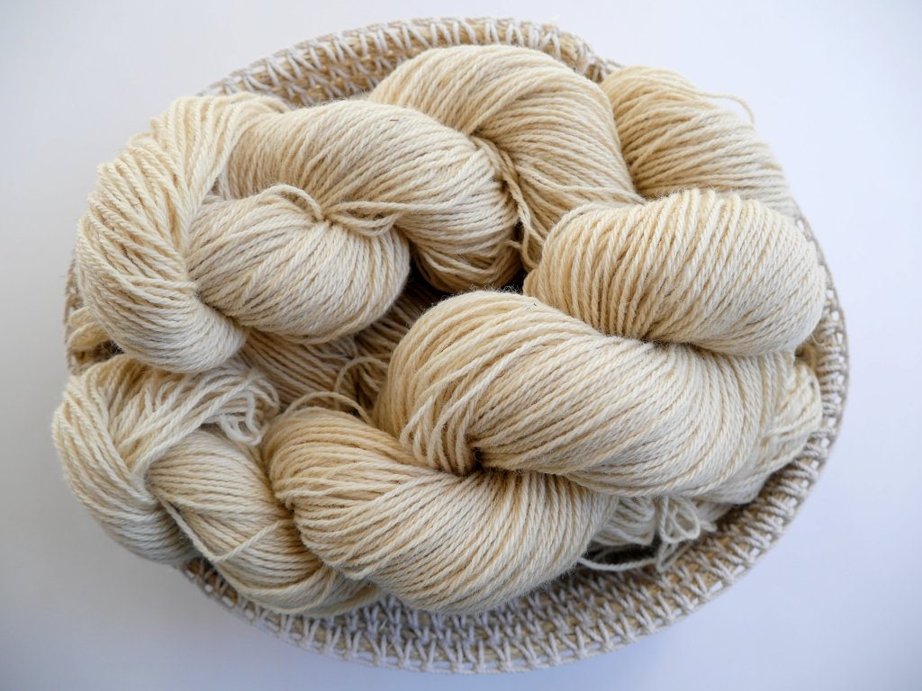 olive-wool