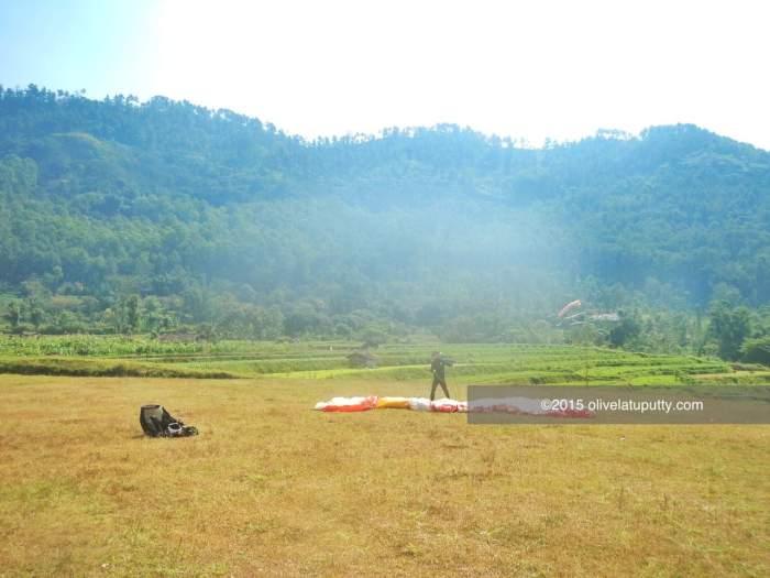 pengalaman paralayang di Batu Malang