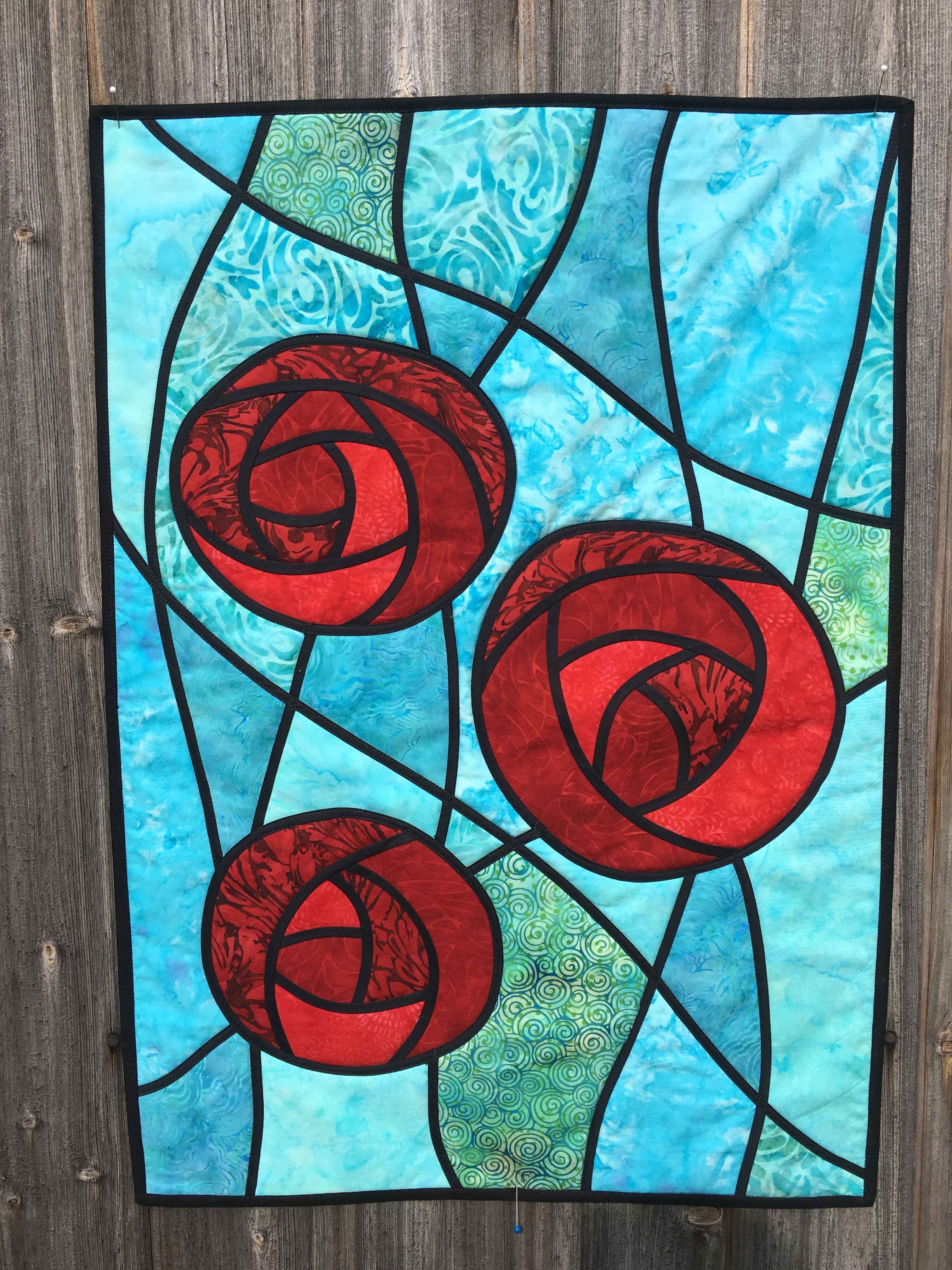 Stained Glass Roses Kit With Bias Tape Oliven